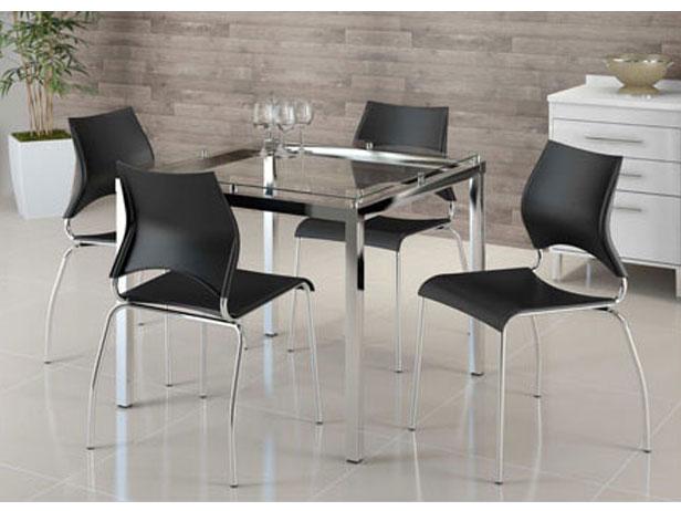 Sala de Jantar, Mesa, 4 cadeiras Pretas, Gaudi