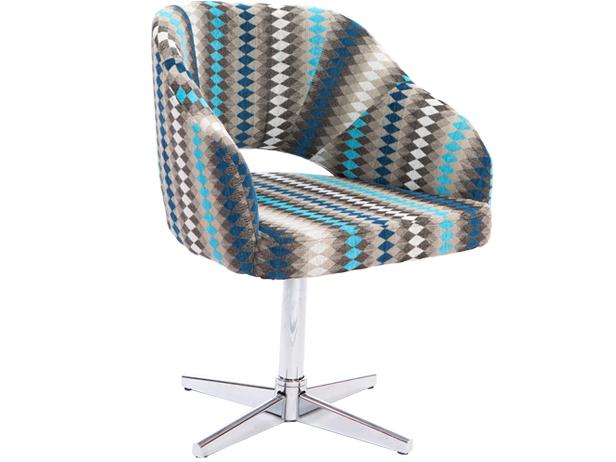Cadeira Decorativa Smile Giratória c/ pé estrela, Pé - Cromado, Revestimento - Richmond 08